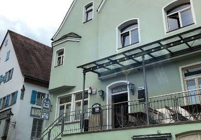 Ronis Bar