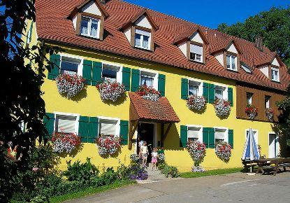 Kirschblütenhof